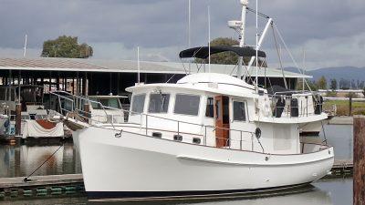 Kadey-Krogen 39 Lady Di JMYS Trawler 1Kadey-Krogen 39 Lady Di JMYS Trawler 1